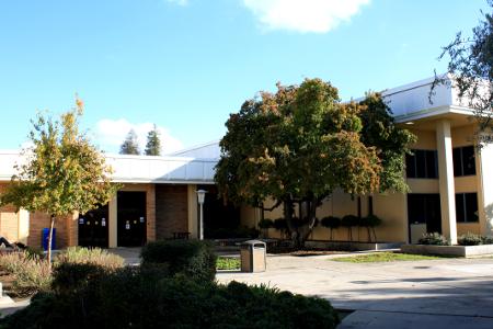 Dinuba Community College 19